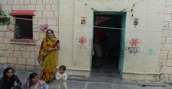 শিঙ্গনাপুর – যে গ্রামে দরজা নেই কোন ঘরের